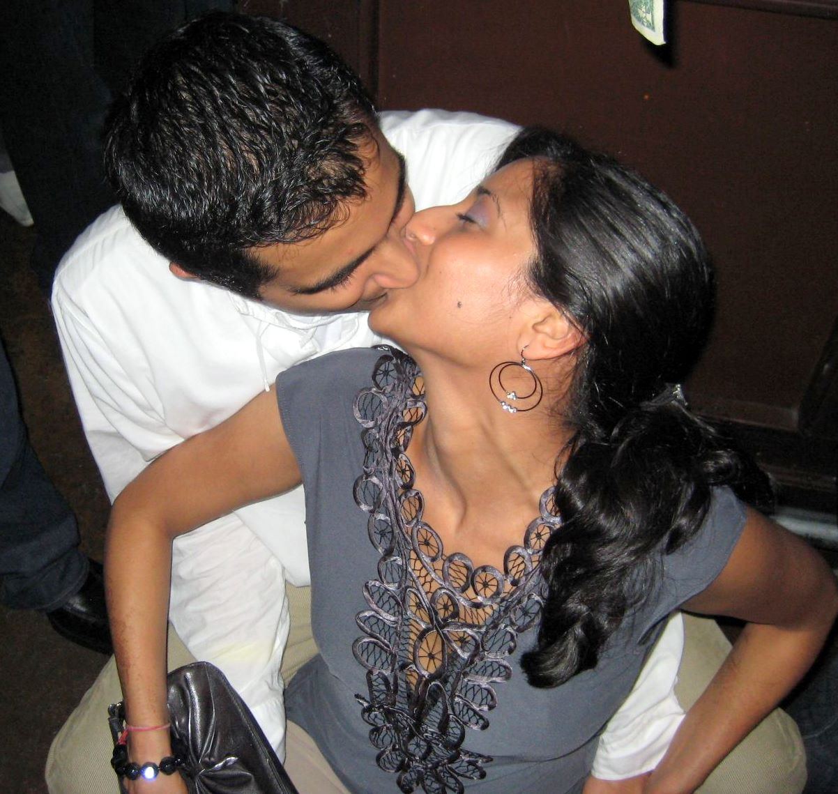 Desi Hot Girls Kissing